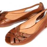 brązowe sandały Reserved - moda 2012