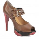 brązowe szpilki Kazar na platformie - trendy 2012