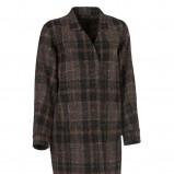 brązowy płaszcz InWear w kratkę - trendy na jesień-zimę