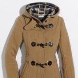 brązowy płaszczyk Orsay - trendy na jesień