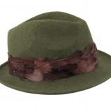 ciemnozielony kapelusz River Island z piórami - jesień 2011