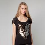 czarna bluzka Bershka z aplikacją - zima 2011/2012