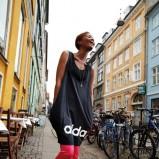 czarna koszulka Adidas - kolekcja na lato