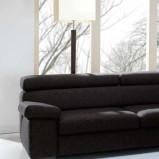 czarna sofa do nowoczesnych wnętrz