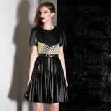 czarna spódnica Jason Wu skórzana - trendy na jesień 2013