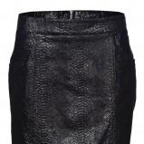 czarna spódnica New Yorker z wężowej skóry - moda jesień/zima 2010