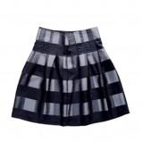 czarna spódnica Tatuum - moda zimowa