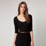 czarna sukienka Bershka z paskiem - kolekcja jesienna