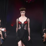 czarna sukienka Eva Minge - wiosna/lato 2011