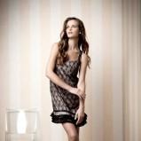 czarna sukienka wieczorowa Orsay koronkowa - zima 2011/2012