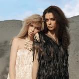 czarna sukienka z frędzlami - sezon wiosenno-letni