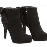 czarne botki Tosca Blu - moda zimowa