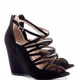 czarne na koturnie sandałki H&M  - wiosna 2013