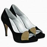 czarne pantofle Venezia - moda 2011