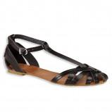 czarne sandałki C&A płaskie - trendy na lato 2013