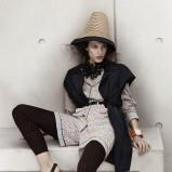 czarne sandałki H&M płaskie - wiosna-lato 2012