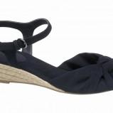 czarne sandały Deichmann - wiosna-lato 2012