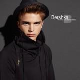 czarny kapelusz Bershka - jesień/zima 2010/2011