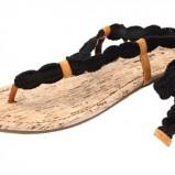 czarny sandały Pull and Bear - lato 2011