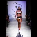 czarny strój kąpielowy Esotiq & Eva Minge - letnia kolekcja