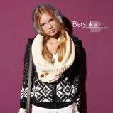 czarny sweter Bershka - jesień/zima 2010