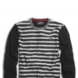czarny sweter Kappahl w paski - kolekcja jesienno-zimowa