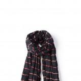czarny szalik Springfield w paski - trendy na jesień-zimę