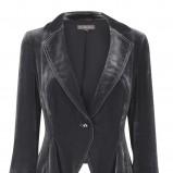 czarny żakiet Marks & Spencer - trendy na jesień