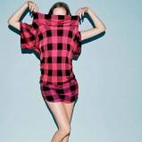 czerwona bluzka Adidas w kratkę - z kolekcji wiosna-lato 2011
