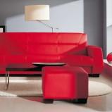 czerwona skórzana sofa - nowoczesne wnętrza