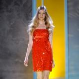 czerwona sukienka Patrizia Pepe - moda wiosna/lato