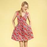 czerwona sukienka Reserved w kwiaty - wiosna/lato 2012