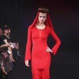 czerwona sukienka wieczorowa Eva Minge długa - wiosna/lato 2011