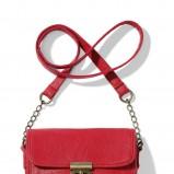czerwona torebka Mohito - trendy wiosna-lato