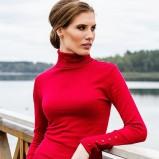 czerwony sweter Heppin z golfem