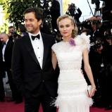 długa sukienka w kolorze białym - Diane Kruger