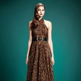 długa sukienka wieczorowa Gucci w panterkę - zimowe trendy 2013/14