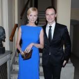 długa sukienka wieczorowa w kolorze niebieskim - Ewa Gawryluk