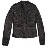 dopasowana kurtka Mohito w kolorze czarnym - kolekcja płaszczy na wiosnę 2013