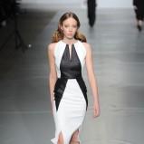 dopasowana sukienka Bohoboco w kolorze biało-czarnym - wiosna 2013