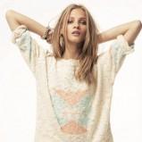 ecru sweter Mango z aplikacją - moda 2012