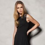 elegancka sukienka Pull and Bear w kolorze czarnym - karnawał 2013