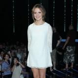 elegancka sukienka w kolorze białym - Maja Sablewska
