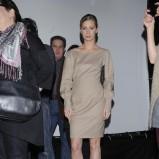 elegancka sukienka w kolorze cielistym - Magdalena Schejbal