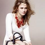 elegancki kuferek Parfois w kolorze beżowym - wiosenne dodatki 2013
