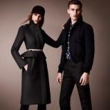 elegancki płaszcz Burberry w kolorze czarnym - moda na jesień 2012