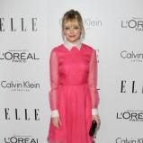 Emma Stone w różowej sukience z kołnierzykiem