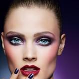 Fioletowe smoky eyes i czerwone usta Estee Lauder moda 2012