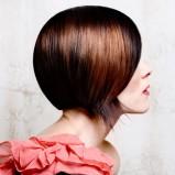 gładki bob - trendy fryzjerskie