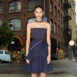 granatowa sukienka Givenchy